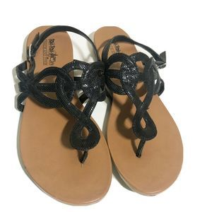 Coach and Four Flat Black Thong Sandals Size 7.5